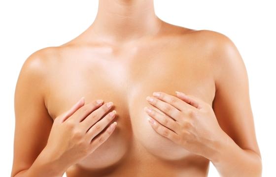 Маммологи рассказали обо всех тонкостях красивой упругой кожи на груди