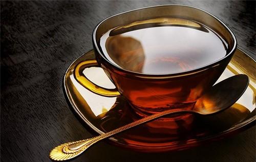 Черный чай помогает похудеть