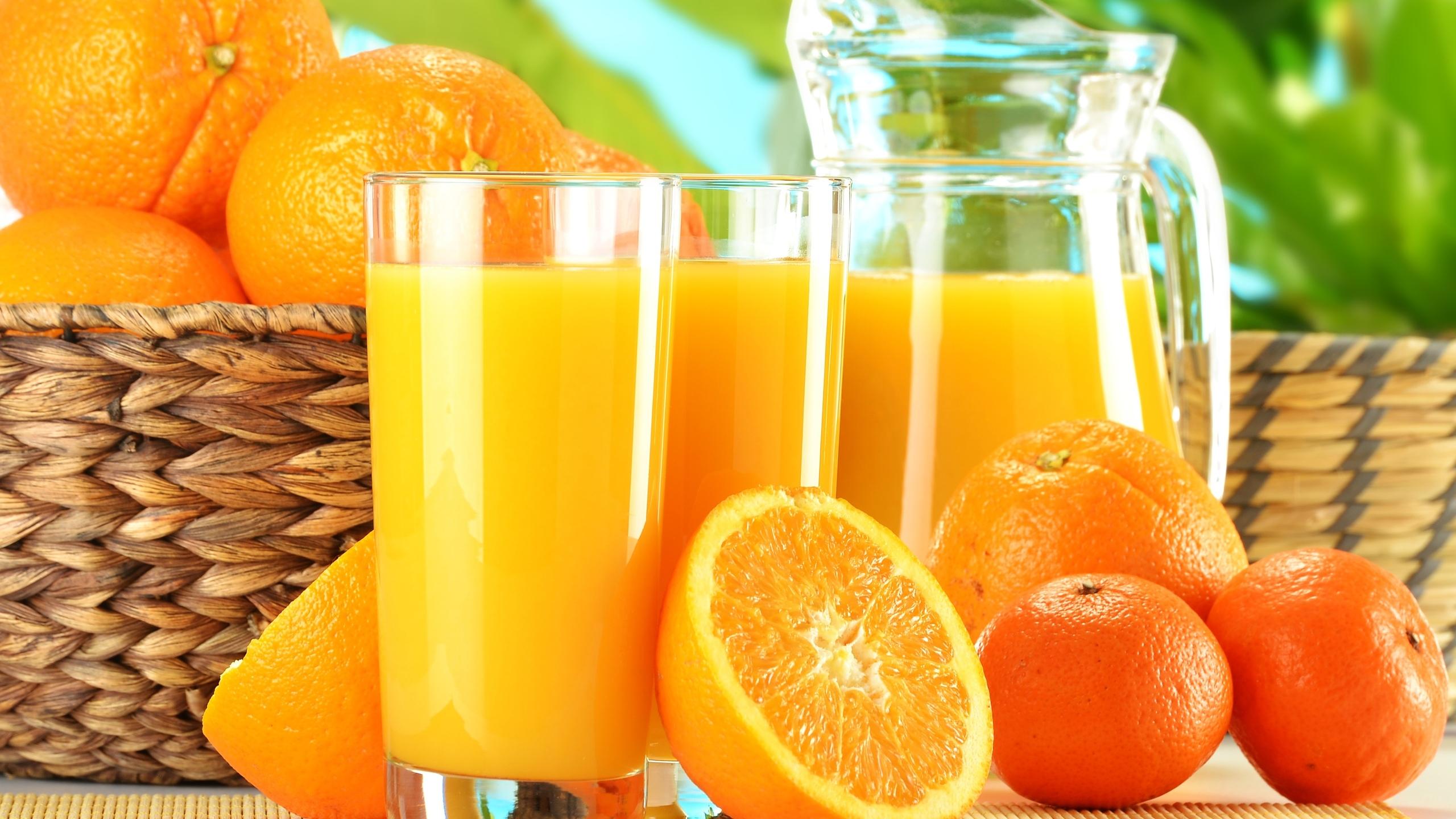 Желудок человека принимает апельсиновый сок за кока-колу