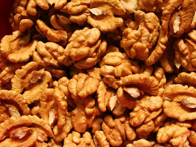 Грецкие орехи выводят токсины