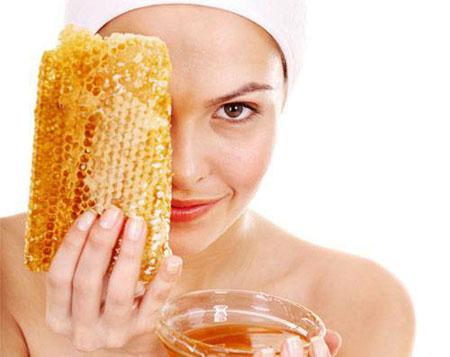 Мед омолаживает кожу