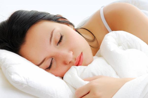 Женщинам требуется больше сна