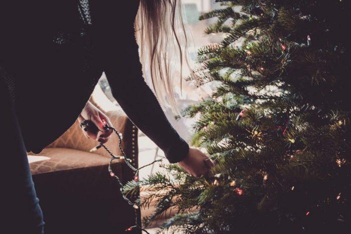 как убрать елку